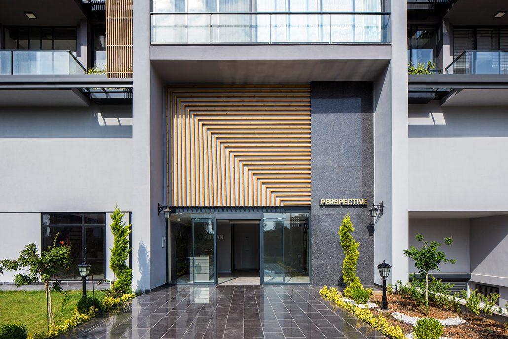 Slash Architects Ten Şehre Dinamizm Katan Ofis Yapısı